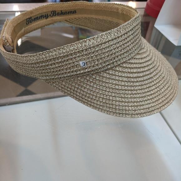 Women s Tommy Bahama visor. M 5a4e59a885e605f1c700cb28. Other Accessories  ... 26b8ca6eb094